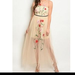 Embroidered sheer over lay sleeveless dress
